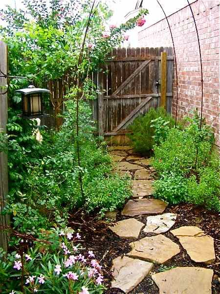 Ideas for front yard landscaping without grass for Garden design ideas without grass