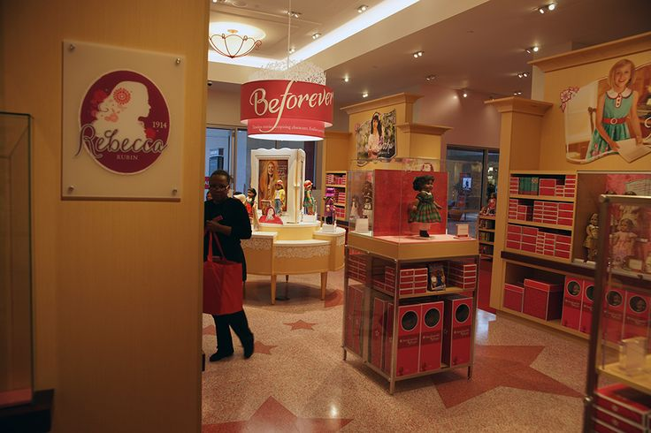 Project Name: American Girl Southpark Mall Contractor: Norcon, Inc. Architects: Jacobs Engineering Group, Inc. Read more about this project on the Doyle Dickerson Terrazzo Portfolio page http://www.doyledickersonterrazzo.com/portfolio/retail/american-girl/ #terrazzo #flooring #design #contractor #epoxy #terrazzocontractor #retail #mall #LEED #storedesign #americangirl #charlotte