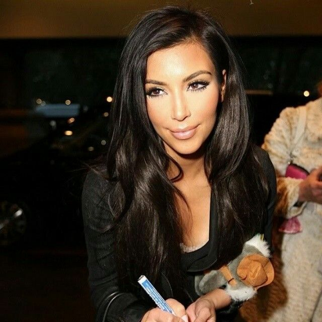 Beautiful Dark Brown Color And A Simple Body Full Haircut And