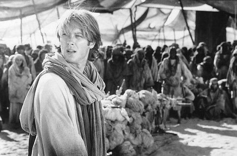 Still of James Spader in Stargate (1994) http://www.movpins.com/dHQwMTExMjgy/stargate-(1994)/still-2868287744