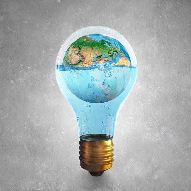 A diario vemos preocupación en los principales medios y diarios del país, que tratan de concienciar acerca del ahorro de agua y energía, debido a la creciente escasez que se está presentado. El cambio empieza por cada uno de nosotros, podemos adaptar nuevos estilos de vida en nuestros hogares para contribuir al ahorro de recursos tan indispensables como el agua y la luz. #decoracion #nuestroladodeco #diseño #estrenarvivienda #ecologica #deco #modernidad