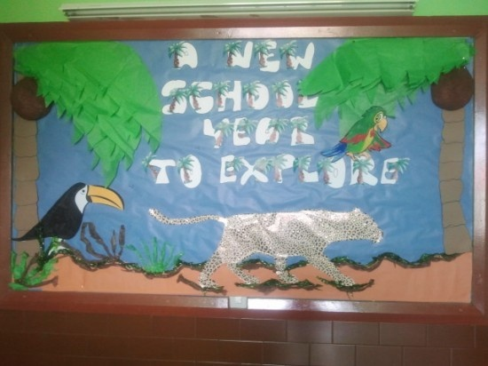 Jungle Themed Back To School Bulletin Board Idea adapt to forest theme