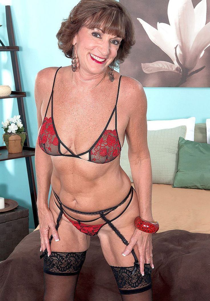 Granny In Red String Bikini  Photos Of Sexy Older Women -7585