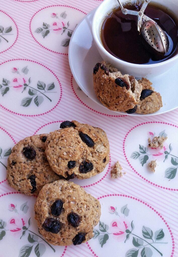 Muccasbronza: Biscotti vegani con avena e uvetta