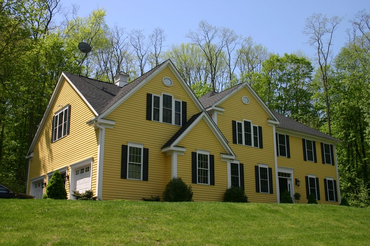 Lovely house: 3 3 Wood, Feet Situat, Private Driveways, Immacul Interiors Exterior, Wood Acr, Acr Surroundings, Squares Feet, Hickory Trees, 3300 Squares