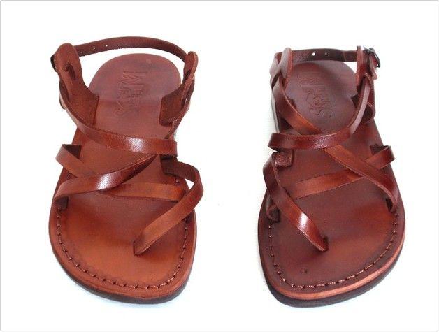 Un autre joli modèle de SANDALIM :  Cette jolie paire de sandales est l'une de nos préférées,  Elle est très belle, confortable & très résistante...