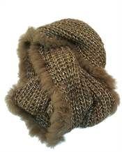 Tørklæde i strik med pelskant i taupe