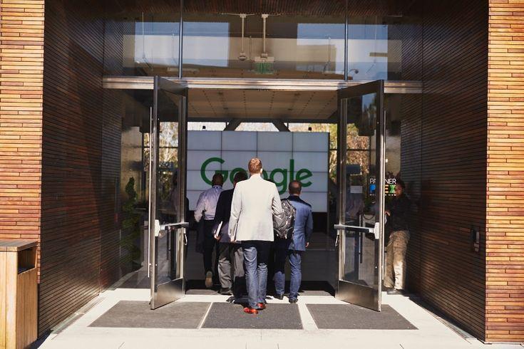 Consumidores, Unión Europea, rivales y la propia Google se juegan mucho tras la sanción comunitaria al popular buscador. ¿Cuáles son las implicaciones de la multa a Google?   La semana pasada conocíamos una noticia que, no por esperada, resulta menos sorprendente:la Unión Europea castigaba con...