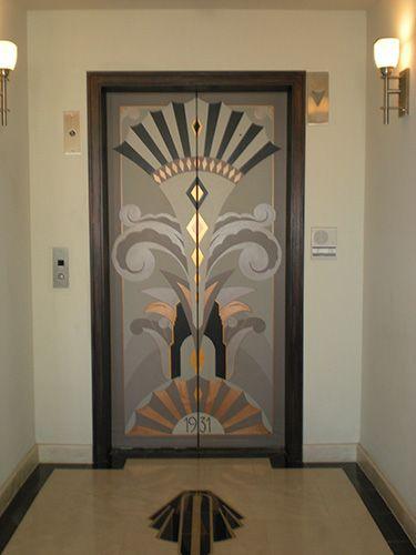 Puertas de ascensor art deco