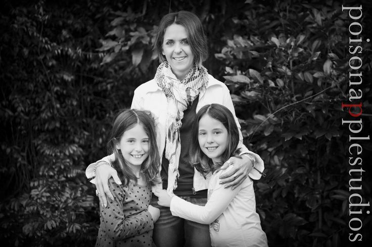 Love these girls! Annalise you're an amazing mother xx #family #portraits #brisbane