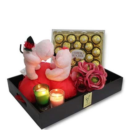 karwa chauth gifts @ http://www.briefingwire.com/pr/now-buy-and-also-send-karwa-chauth-gifts-online-at-attractive-prices