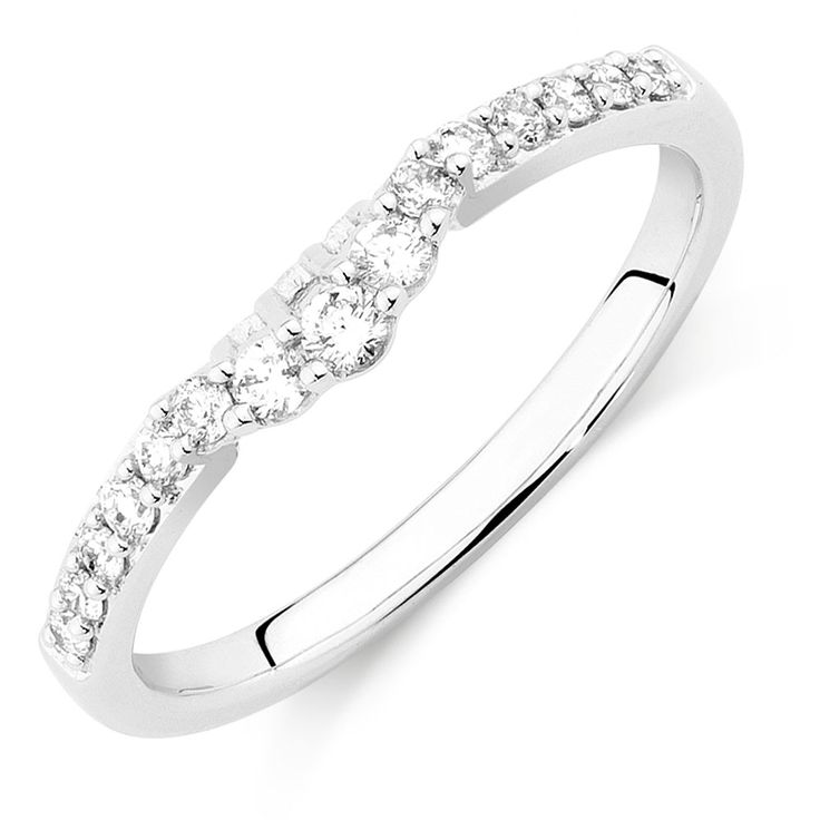 Add The Perfect Touch To Your Special Day With This Gorgeous Carat Total Weight Diamond Wedding Band A Row Of Round Brilliant Diamonds Are Delicately Set