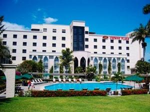 El #hotel Crowne Plaza Tuxtla Gutiérrez, Chiapas, es un punto para vacacionistas y para viajeros de #negocios.