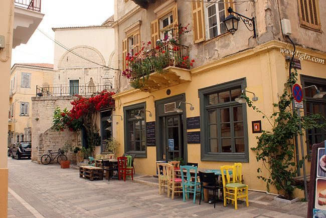 """""""Es Aei"""" bar on Staikopoulou street, #Nafplio old town."""