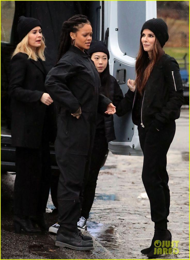 SANDRA BULLOCK OCEAN'S EIGHT   Sandra Bullock & Rihanna Look Ready for a Heist on 'Ocean's Eight' Set ...