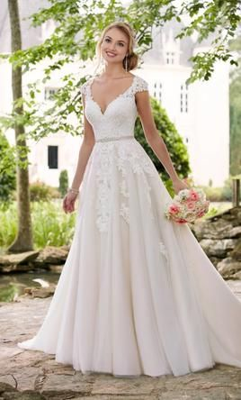 Stella York 6391 Wedding Dress | Used, Size: 24, $825