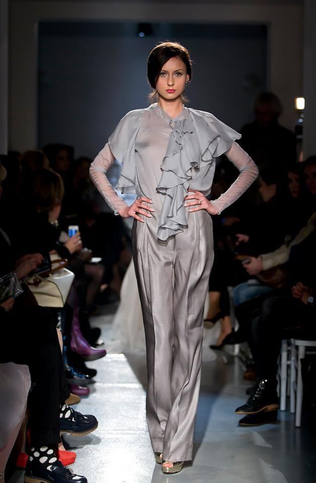 Parlor Fashion Show! #silk #fashion #grey #beautiful #glamour #parlor