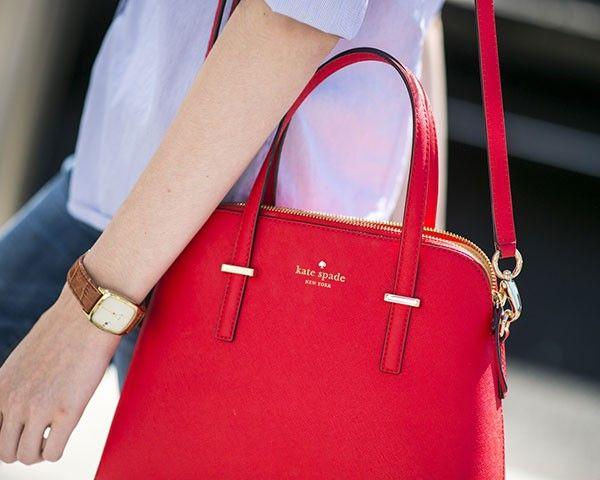 Toda mulher precisa de 4 tipos de bolsas (Foto: Imaxtree)