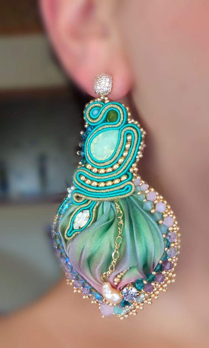 """SAMARA Earrings"": Soutache, beadembroidery, Shibori silk Design by Serena Di Mercione (on FB: Serena Di Mercione Jewelry)"