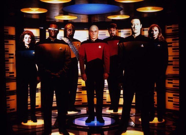 Em Star Trek, o Captão Kirk se tele transporta para a nave estelar Enterprise apenas apertando um botão. Essa semana, algo parecido se tornou realidade.  Em uma escala muito, muito pequena, é claro.  Cientistas chineses anunciaram que o satélite Micius detectou o primeiro objeto 'tele transportado da Terra para o espaço. Aparentemente, trata-se de uma pequena partícula de luz, ou fóton.