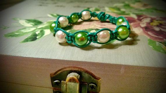#Green #White #Shamballa #Spring #Bracelet by @AnnasCJHM #handmade #etsy #etsyshop