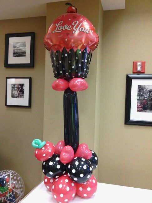 Balloon Decoration For Valentines Day Of Valentine 39 S Balloon Column Balloon Columns Pinterest