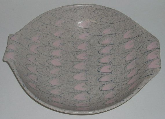 Mid Century Caltempo Fish Fin Pink Gray California