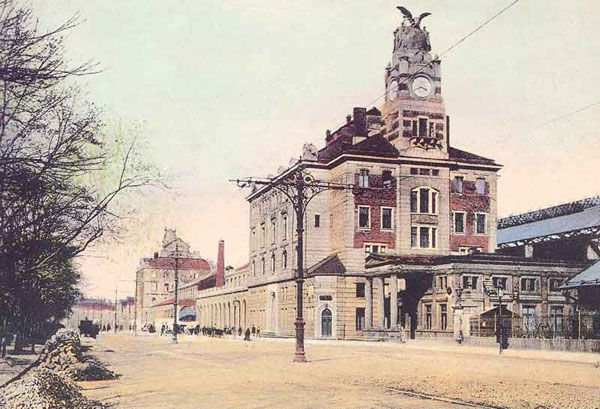 Main railwaystation in town