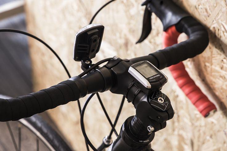 """Maantiepyörä 28"""" 14-vaihteinen (27-1550) on edullinen ja soveltuu hyvin ensikilpuriksi, maantiepyöräilyn aloitteluun tai kuntopyöräilyyn."""