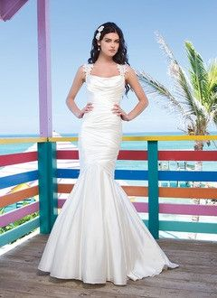 Trumpet/Mermaid Square Neckline Court Train Charmeuse Wedding Dress With Ruffle Lace Appliques Lace