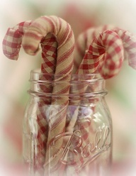 I love these country looking candy canes in a mason jar