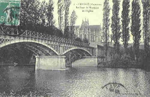 Changé - Le Pont de Mayenne et l'Eglise (1914)
