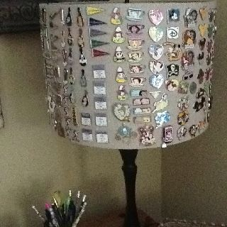 Disney trading pin lamp shade...this is what i need to do for that big ugly lamp shade on my mickey lamp!!YAYYY!