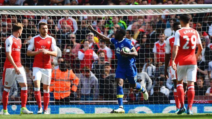 Romelu Lukaku stats show he is one of Premier League's best strikers