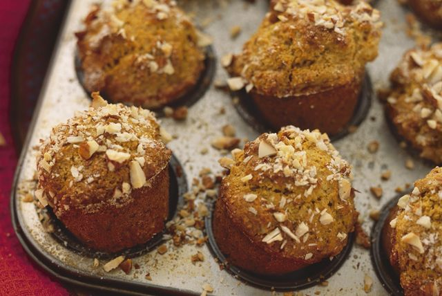 Looking for a super-moist bran muffin recipe? Try our Spiced Pumpkin-Bran Muffins! Made with natural wheat bran, canned pumpkin and pumpkin pie spice, these flavourful muffins provide a source of fibre.
