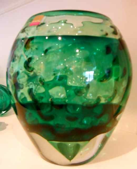 The little GALLERY of fine ARTS. Green Golf Ball Glass Vase by Jan Kocian. For more glass art visit www.thelittlegalleryoffinearts.co.nz