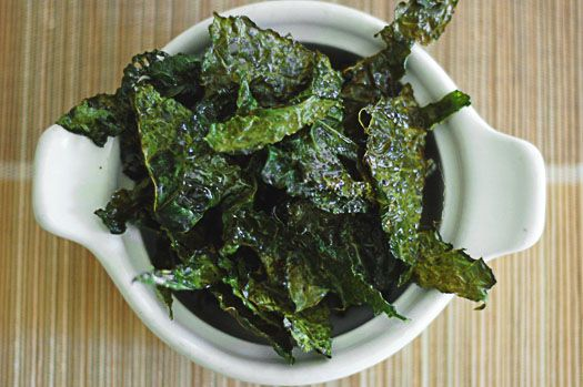 kale chips... easy, fast, delicious, and ADDICTING!