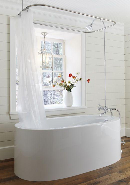 beautiful modern all white bathroom