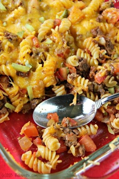 5-Star Cheeseburger Casserole - made this   last night & it was a huge hit! Also great as leftovers today!! DMR: I think   the kids would love this....have to figure out what to use in place of the pasta   for Ray Baby.....he is getting tired of my subbing zucchini for everything!   LOL!