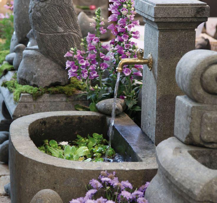 Fresh Ein St ck alter Marktplatz im eigenen Garten Dank einer Au enpumpe sprudelt das Wasser im unendlichen