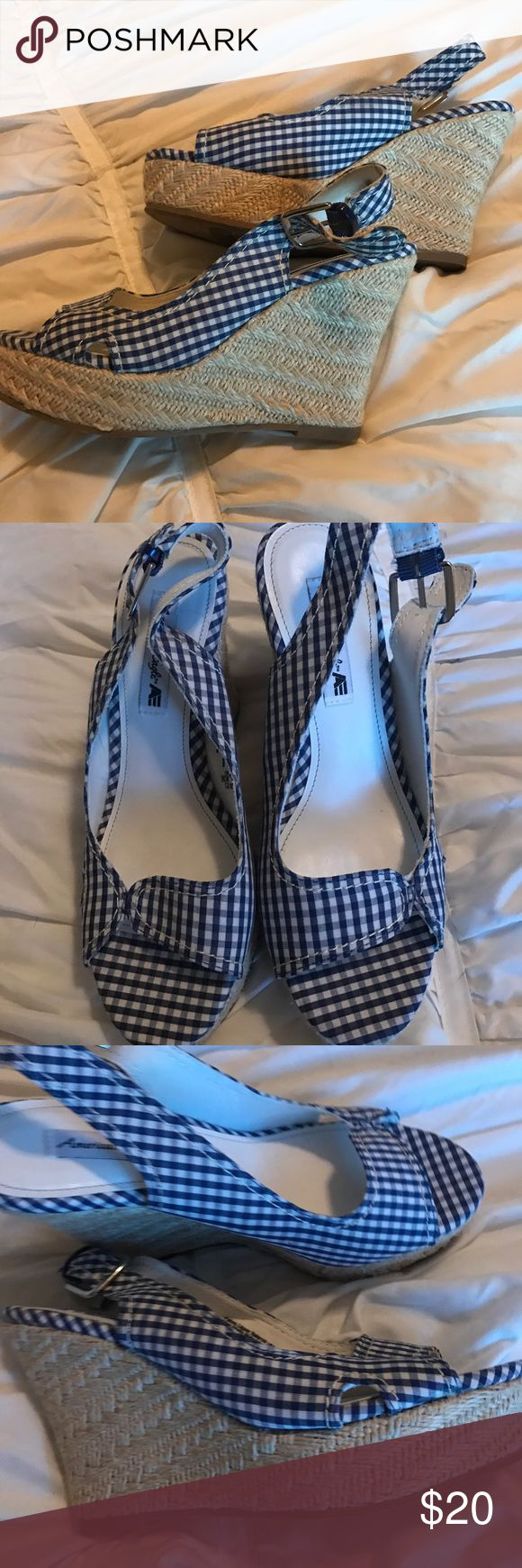 Adorable ladies shoes by American Eagle Super cute ladies shoes by American Eagle in size six! No box but never worn! Wedge height is 3.5-4 inches. All of my items ship quickly from a smoke free home. I don't trade or accept low ball offers. Thanks for looking. American Eagle Shoes Wedges