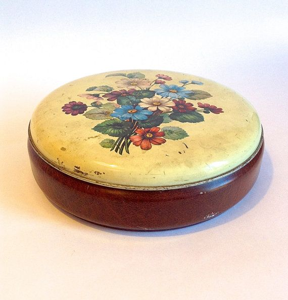 Old round toffee tin  £13.70