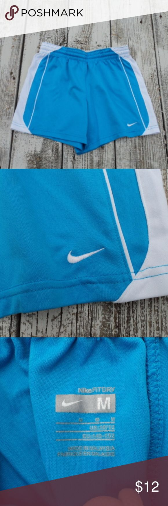 Girls Nike shorts Girls blue and white Nike Fit shorts.  In excellent condition.  No stains or signs of wear. Nike Bottoms Shorts
