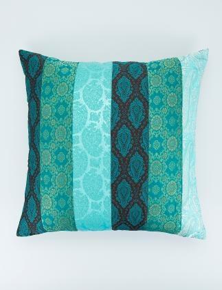 MANDIRA kudde turkos   Pillow   Pillow   Kuddar   Inredning   INDISKA Shop Online