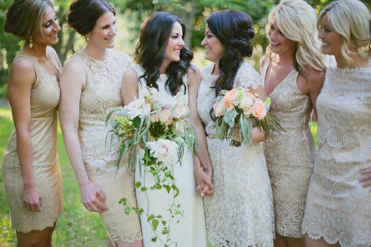 savannah wedding, georgia, neutral bridesmaids dresses, florals, organic wedding bouquet, peach, blush