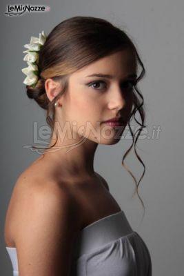 Elegante acconciatura alla #moda