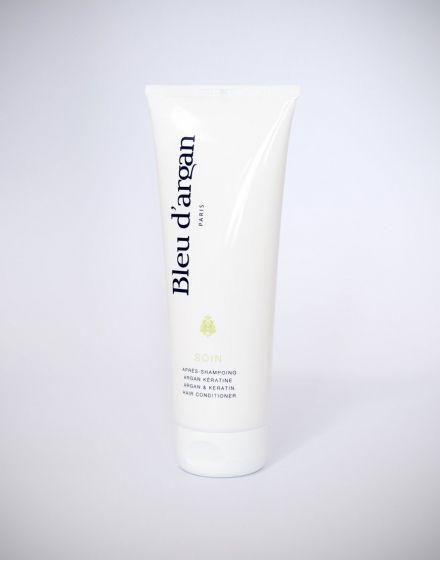 SOIN // Après-Shampoing Argan Kératine. Cet après-shampoing à base d'huile d'Argan biologique et de Kératine est sans Paraben et protège les cheveux jour après jour.