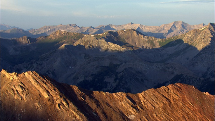 Rocky Mountains, Colorado. Aerial photograph. [From Aerial America: Colorado]