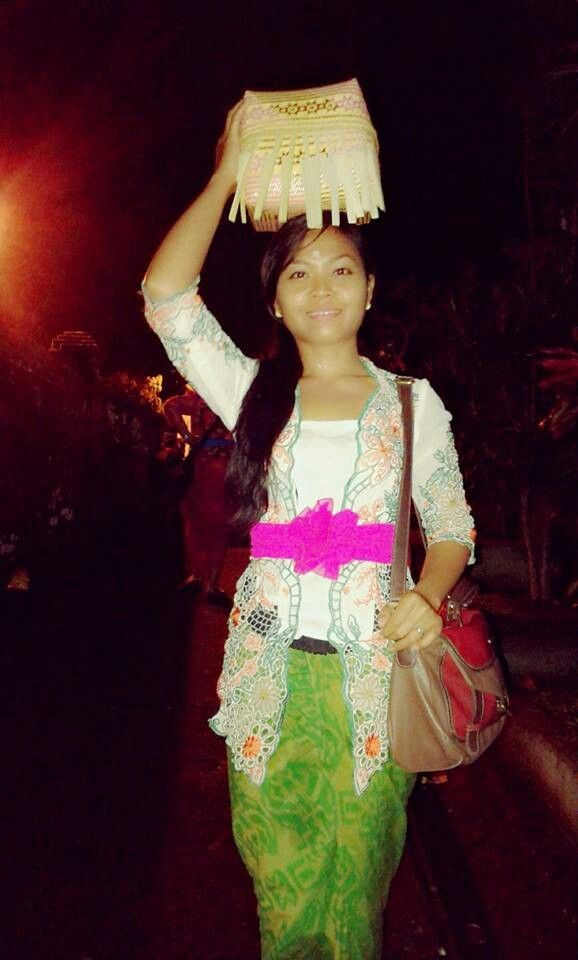 Kebaya Bali
