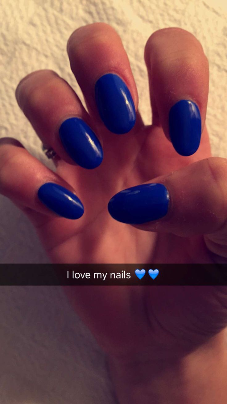 The 25+ best Round shaped nails ideas on Pinterest | Blue ...